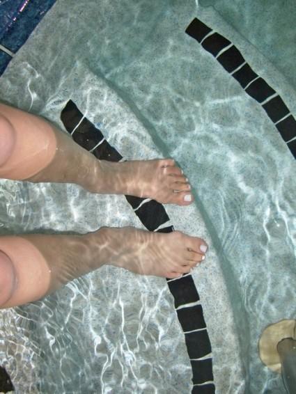 Ashley Brooke Designs: Pool Time!