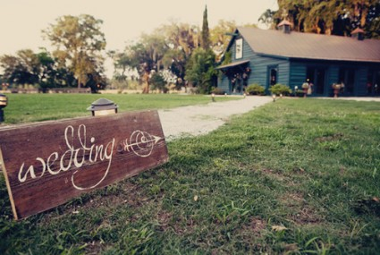 wooden-wedding-signs_large