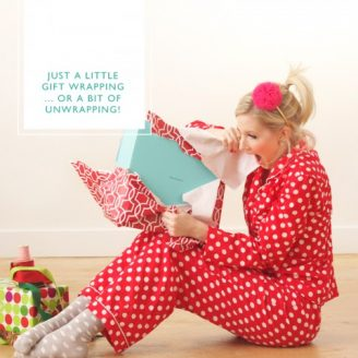 ABD: Styled // Christmas Wrapping + Card Addressing