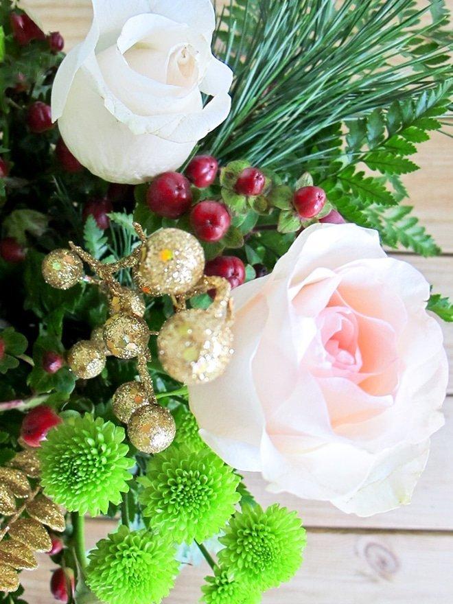 Holiday Flowers via Ashley Brooke Designs- Blog