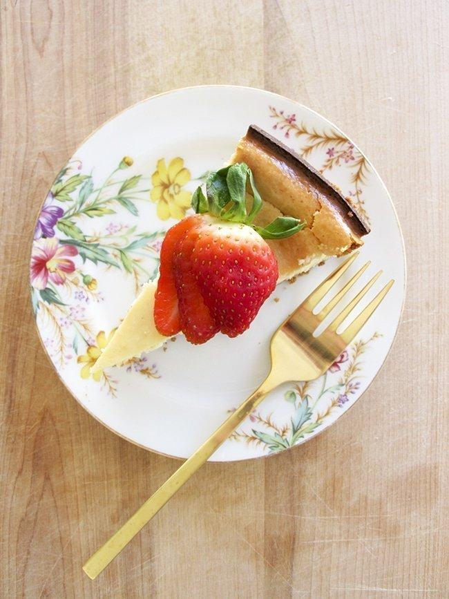 Easy New York Style Cheesecake via Ashley Brooke Designs