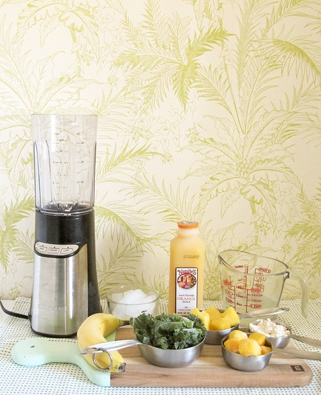 Natalie's OJ Easy Green Smoothie Recipe via Ashley Brooke Designs