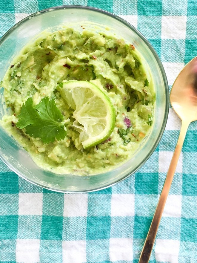 Easy Guacamole Recipe via Ashley Brooke Designs- Blog