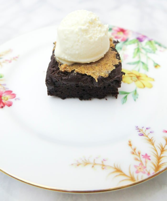 Ashley Brooke Designs for Jackson Morgan - Irish Cream Brownie Sundae 4