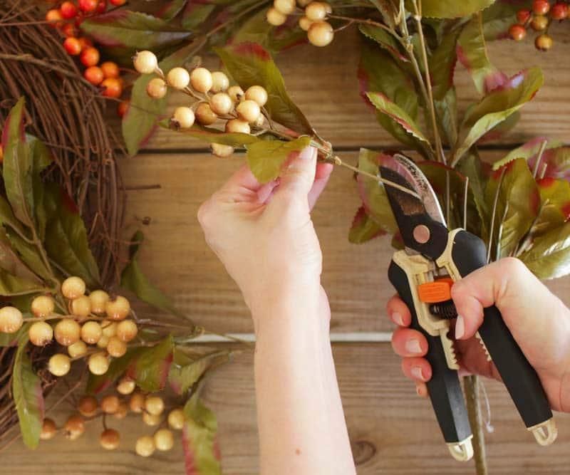 ashley-brooke-designs-diy-fall-wreath-2
