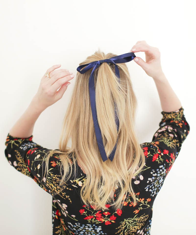 ashley-brooke-designs-how-to-wear-a-bow-6