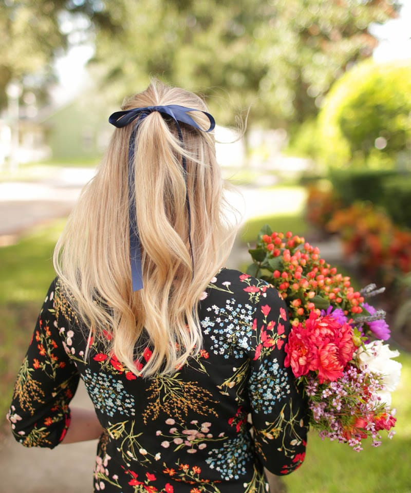 ashley-brooke-designs-how-to-wear-a-bow-copy