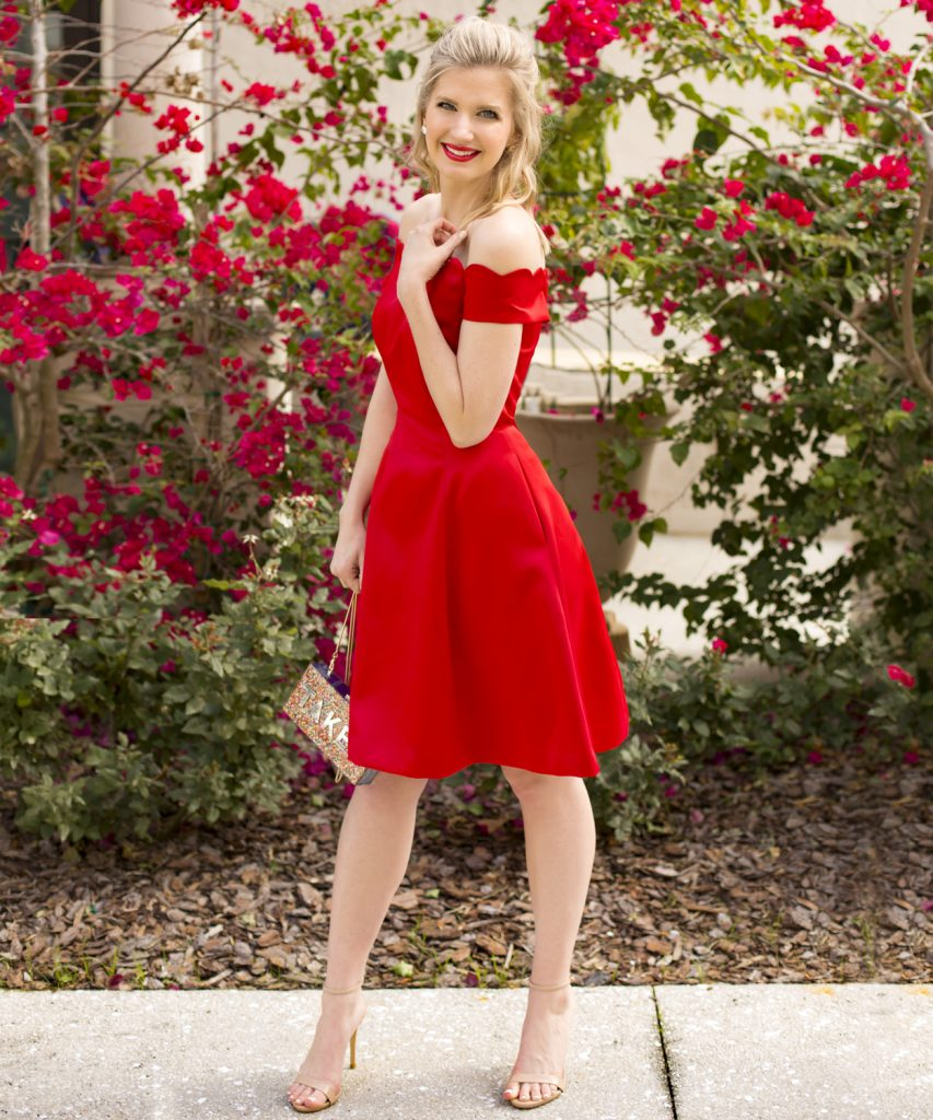 Blogger Ashley Brooke Takes a Glam Red Carpet Look and transitions it into the perfect Valentine Date Night Look | www.ashleybrookedesigns.com