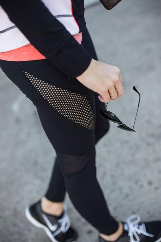 Blogger Ashley Brooke shares her favorite workout leggings. | www.ashleybrookedesigns.com