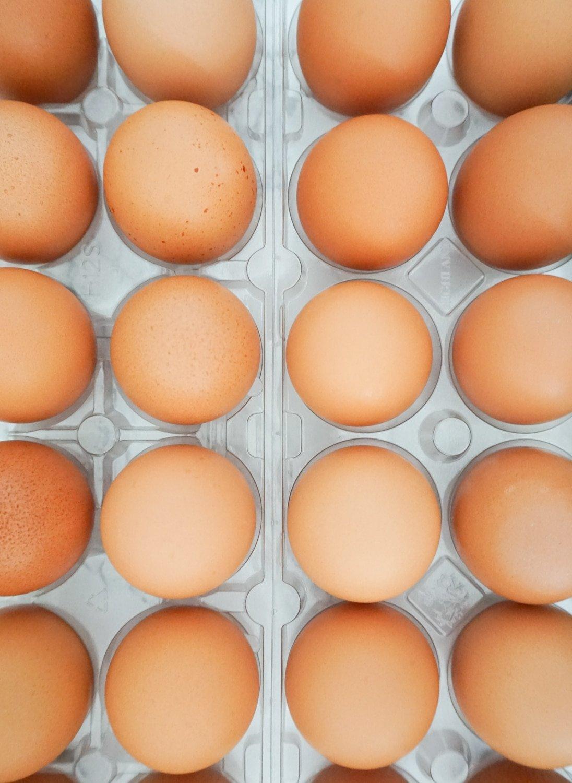 Blogger Ashley Brooke shares her gluten free/dairy free egg muffin recipe. | www.ashleybrookedesigns.com