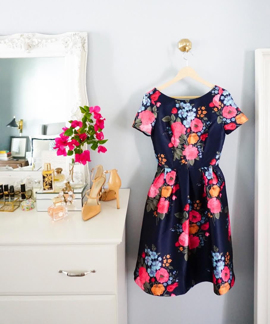 Blogger Ashley Brooke shares what to wear to a wedding. | www.ashleybrookedesigns.com