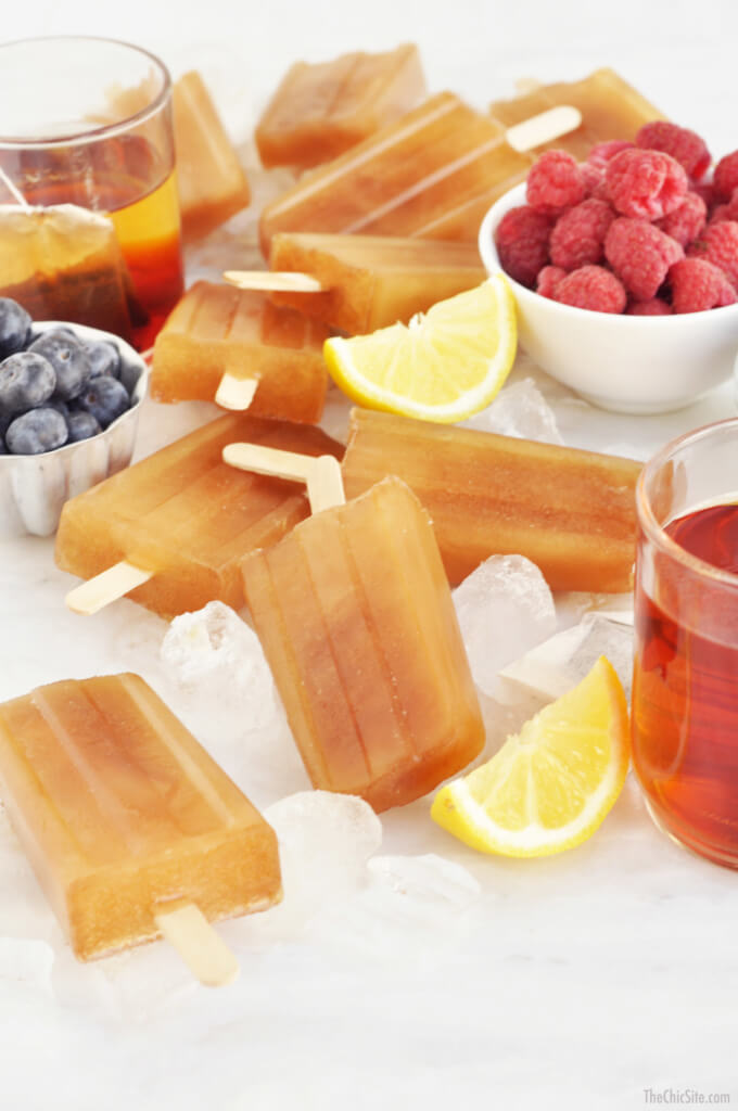 Sweet Tea Popsicles are every southerner's dream for the summer! | www.ashleybrookedesigns.com