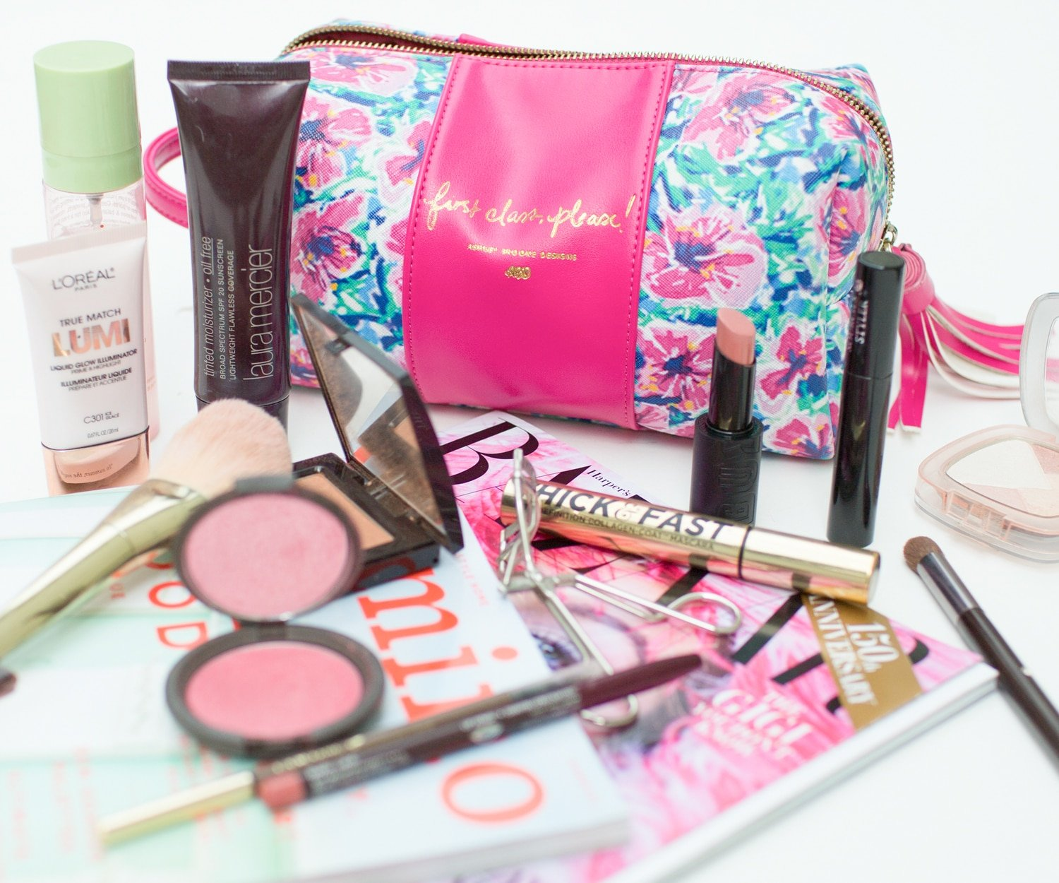 Blogger Ashley Brooke shares her top 8 summer beauty products! | www.ashleybrookedesigns.com
