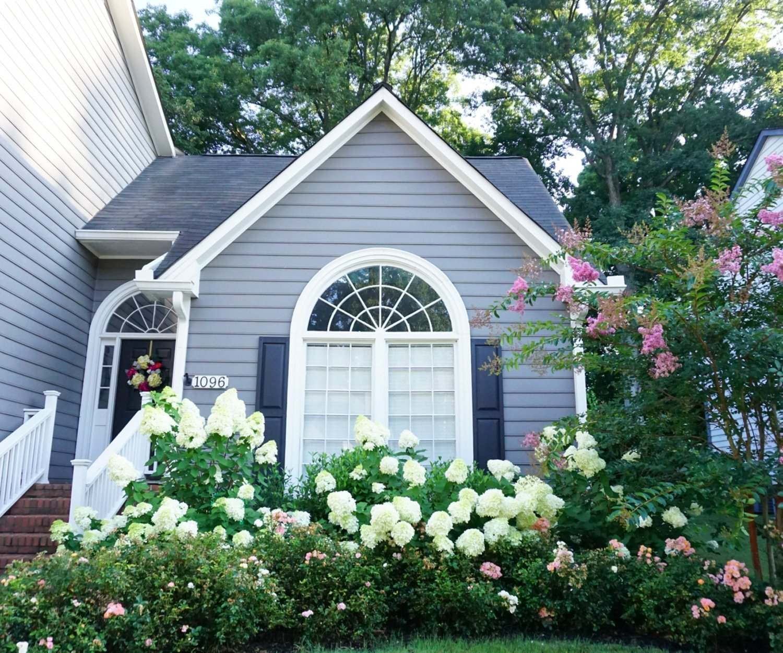 A beautiful home in Atlanta!   www.ashleybrookedesigns.com