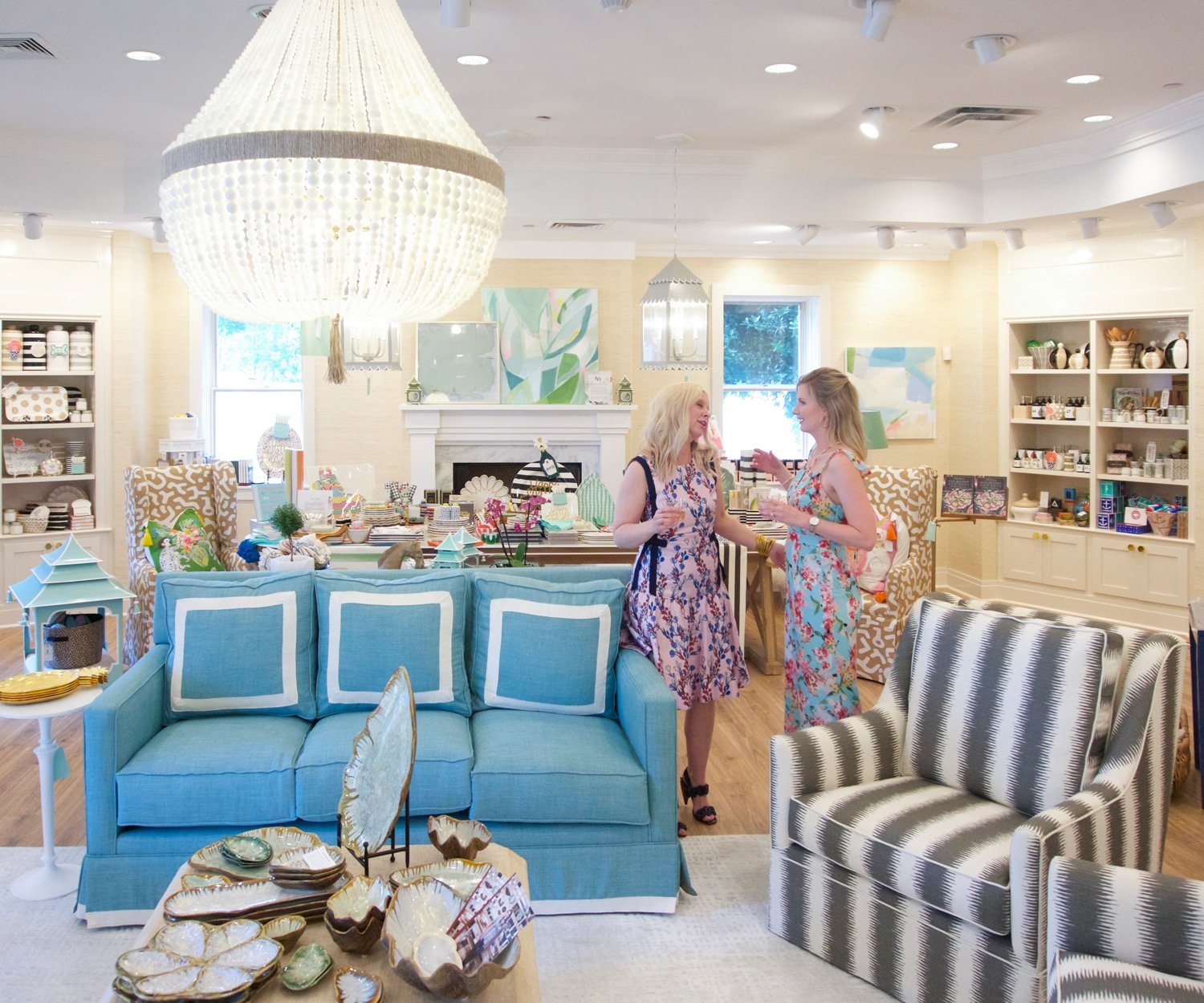 Blogger Ashley Brooke cohosts a party with Mandy at Waiting on Martha Home in Atlanta.   www.ashleybrookedesigns.com