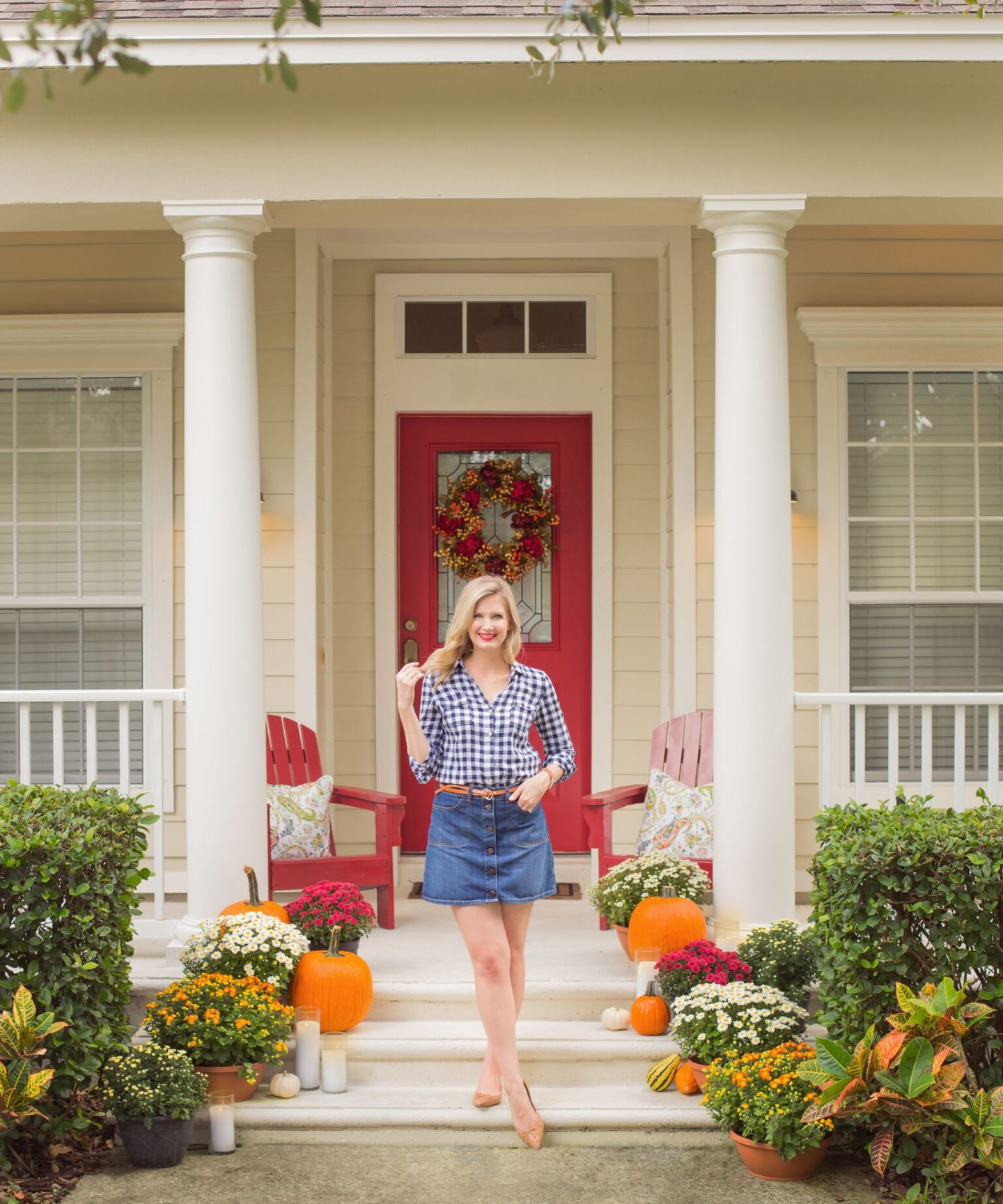 Superbe Blogger Ashley Brooke Shares How To Decorate Your Front Porch For Fall In 4  Easy Steps ...