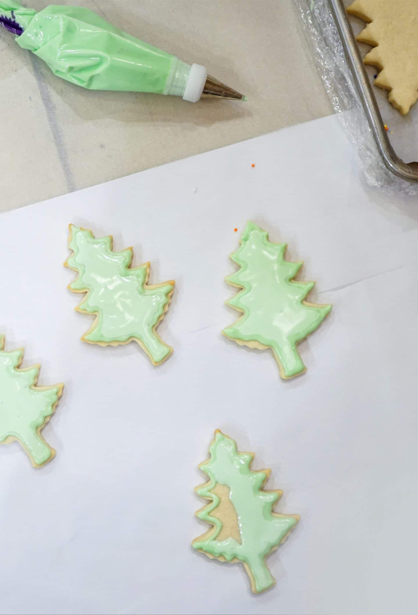 Cut Out Sugar Cookie Recipe | Blogger Ashley Brooke | www.ashleybrookedesigns.com