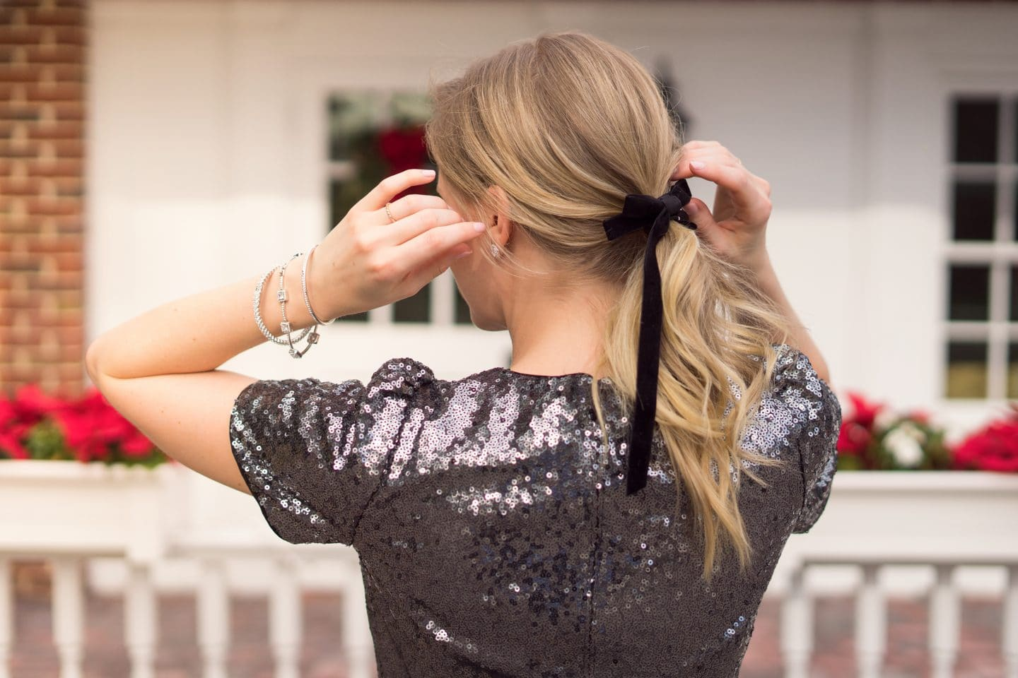 The perfect New Year's Eve Look | Donori Jewlery | www.ashleybrookedesigns.com