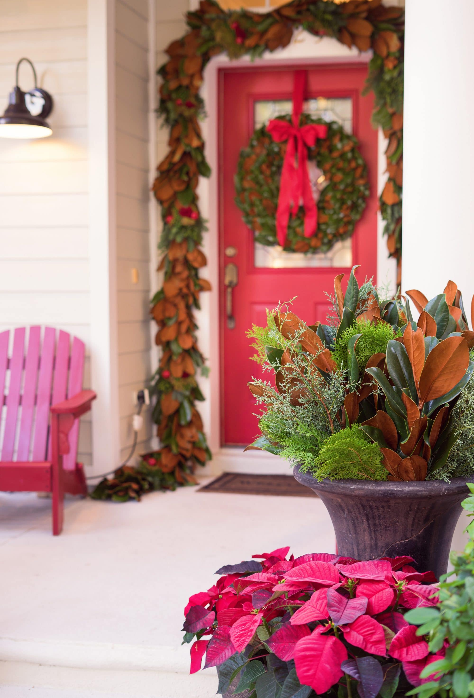 Blogger Ashley Brooke's 4 Steps to Fresh Front Door Holiday Decor | www.ashleybrookedesigns.com | Featuring: The Magnolia Company Holiday Decor