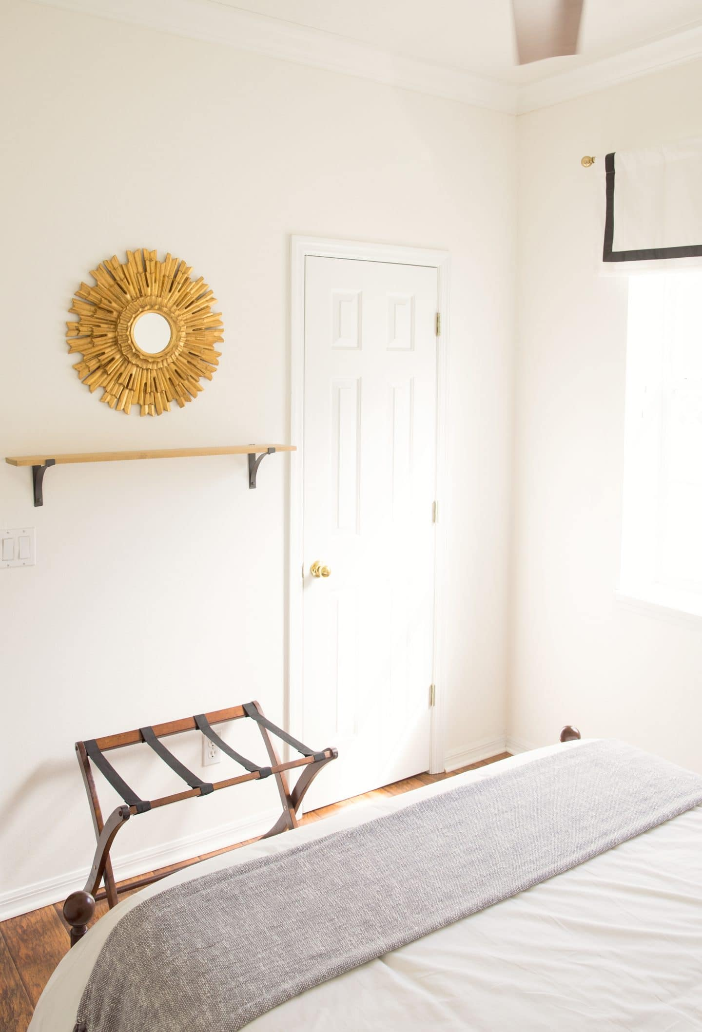 Small Space Guest Room | www.ashleybrookedesigns.com