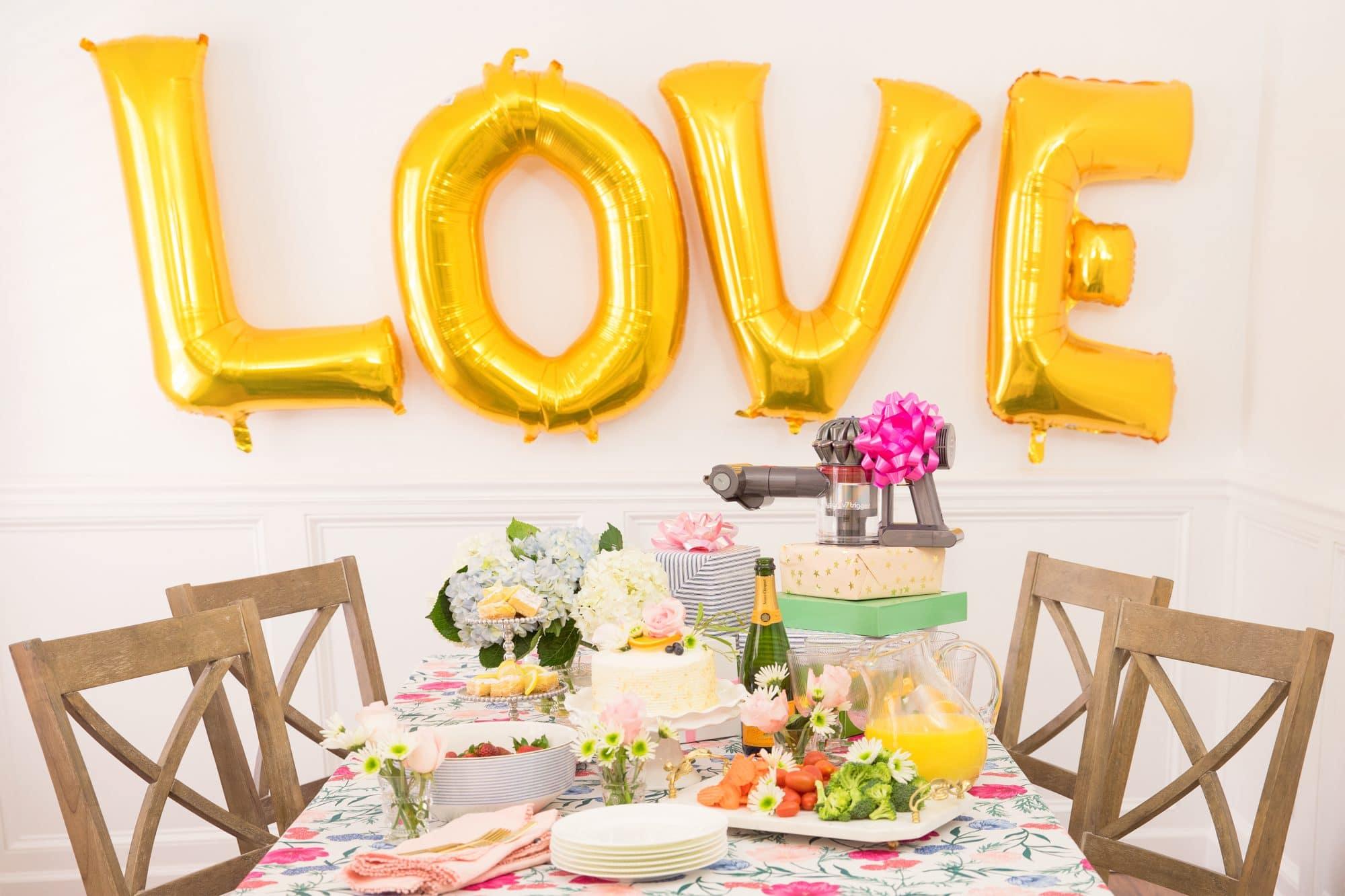 Tips For Hosting Bridal & Baby Showers   www.ashleybrookedesigns.com