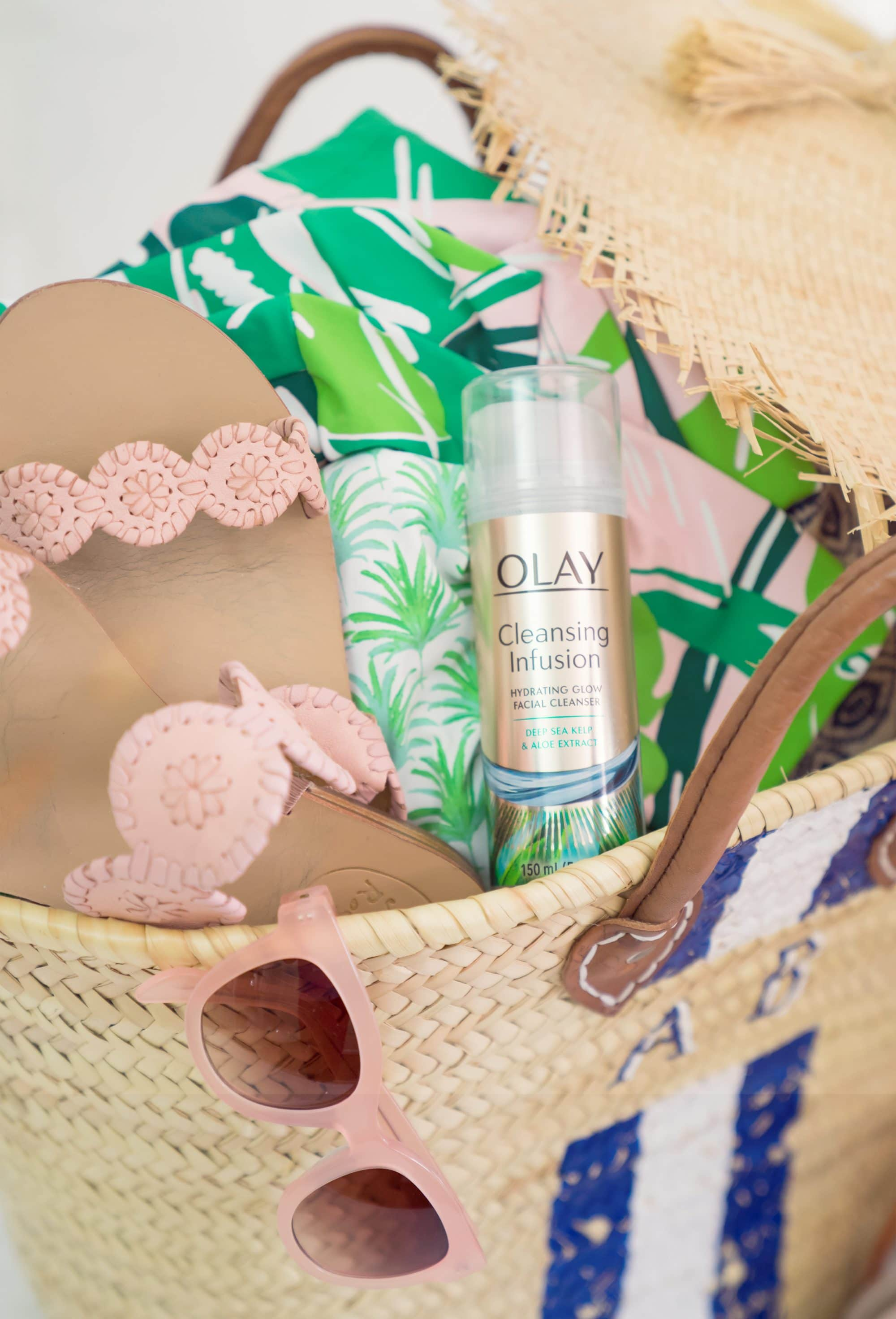 Ashley Brooke - Olay Cleansing Infusion Facial Cleanser with Deep Sea Kelp | www.ashleybrookedesigns.com