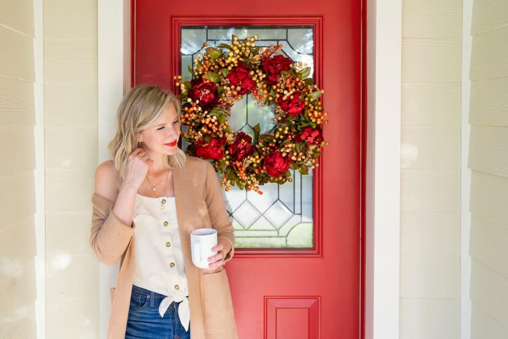 How to DIY a Fall Wreath | www.ashleybrookedesigns.com