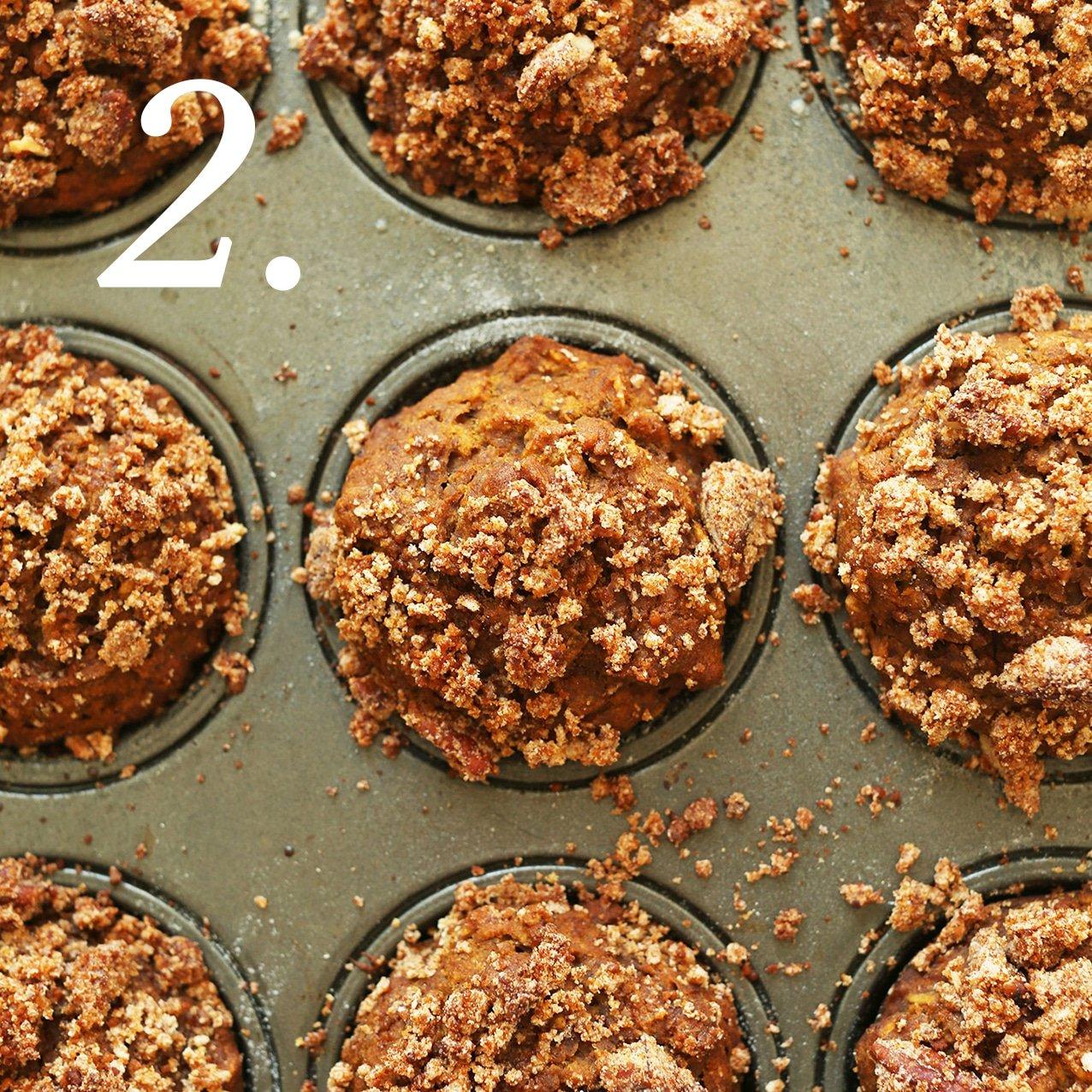 1-bowl vegan pumpkin muffins | www.ashleybrookedesigns.com