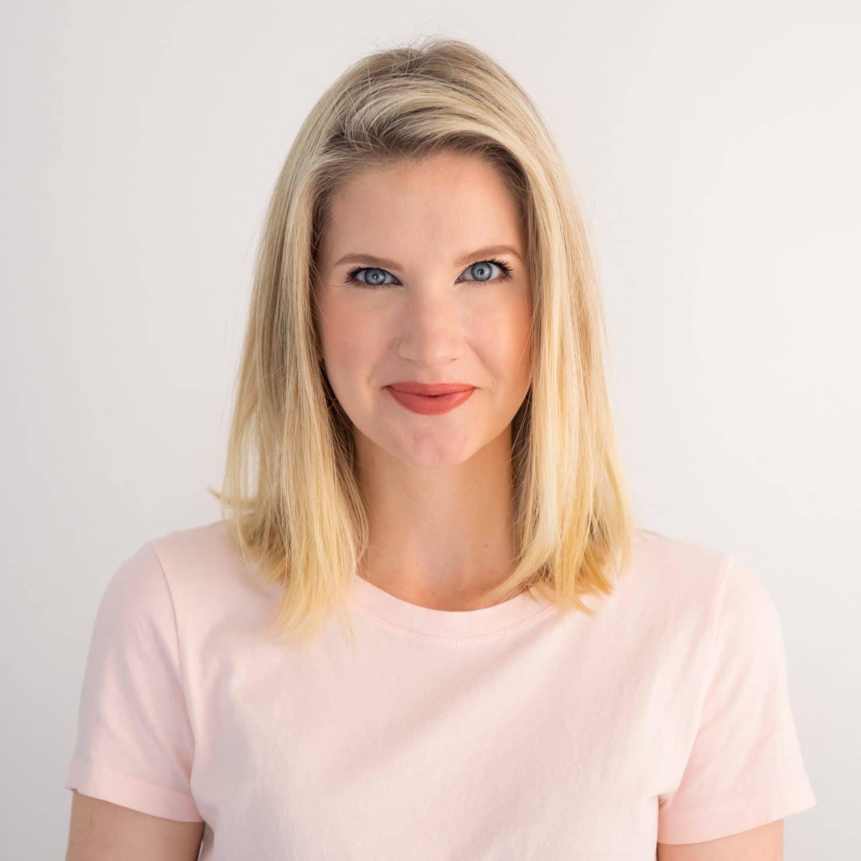 Ashley Brooke review of Giorgio Armani Luminous Silk Foundation
