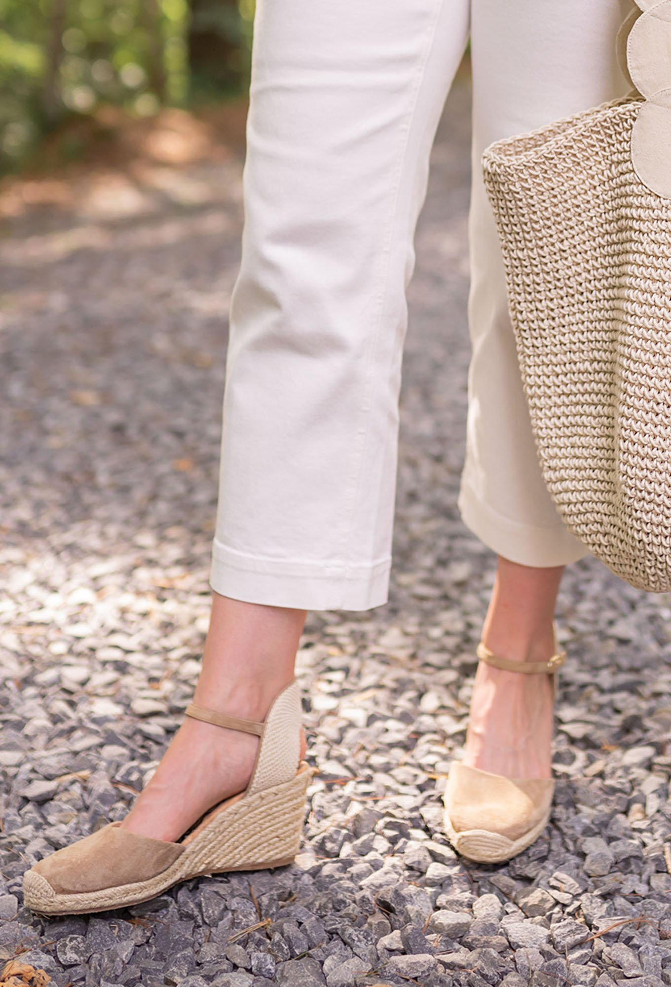 Ashley Brooke in espadrilles and white cropped pants on www.ashleybrookedesigns.com