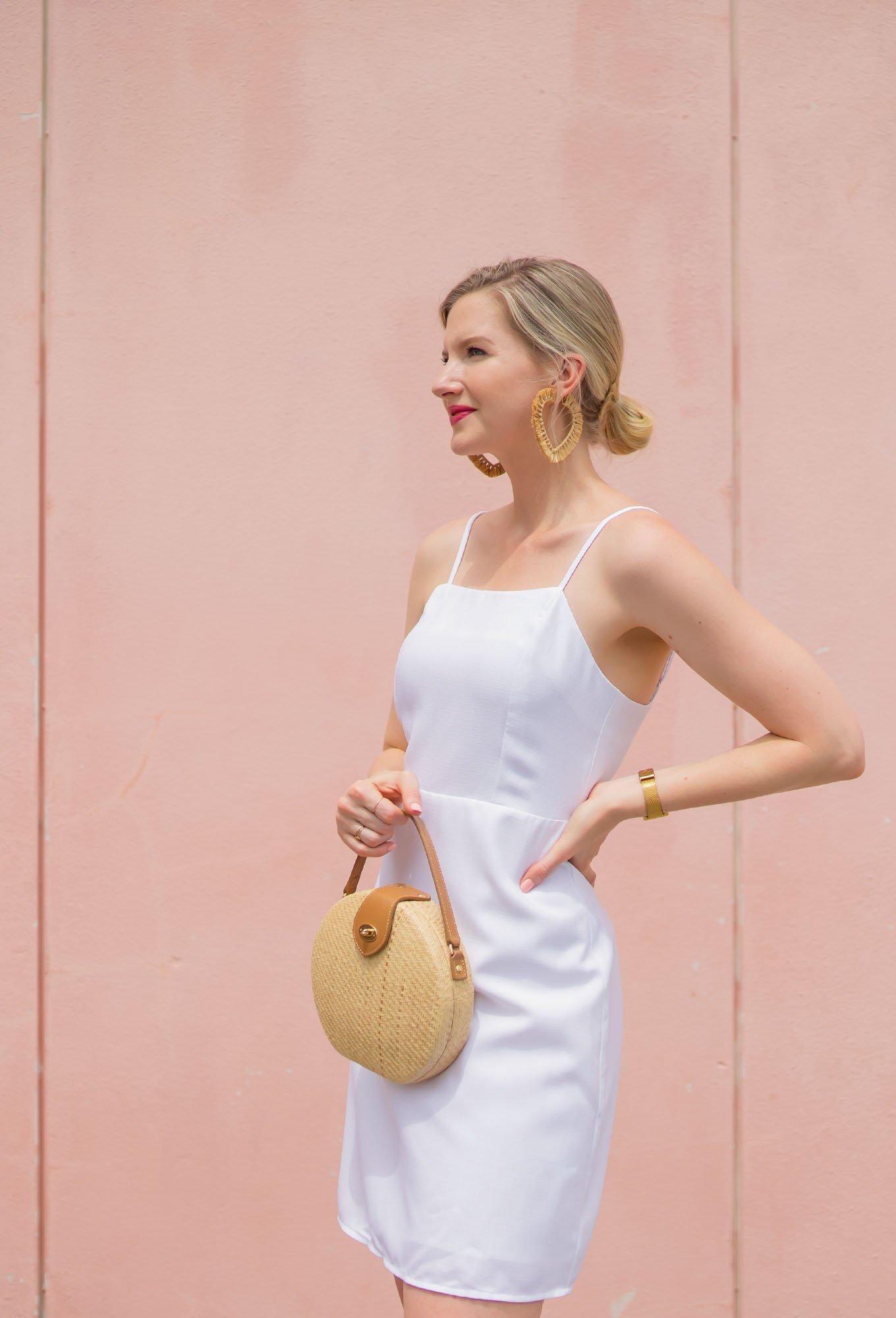 White Summer Dress under $20 - Ashley Brooke - www.ashleybrookedesigns.com 2 v