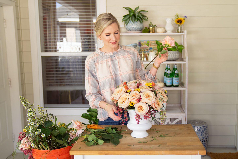"Easy to Make ""Fancy"" Flower Arrangement (tutorial)"