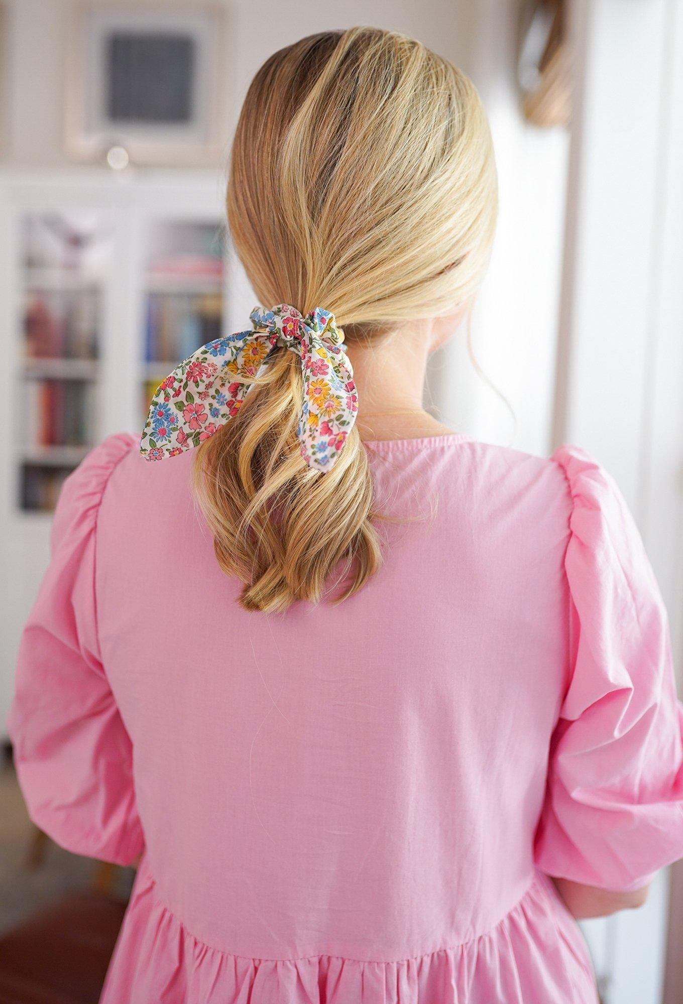 Virtual Craft Night: DIY Bow Scrunchie