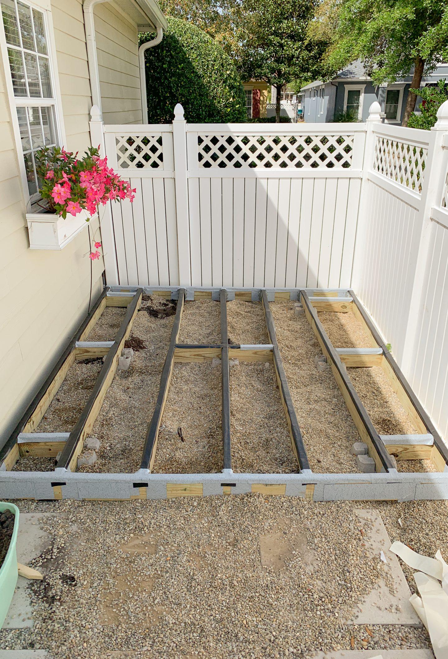 DIY Deck frame on www.ashleybrookedesigns.com