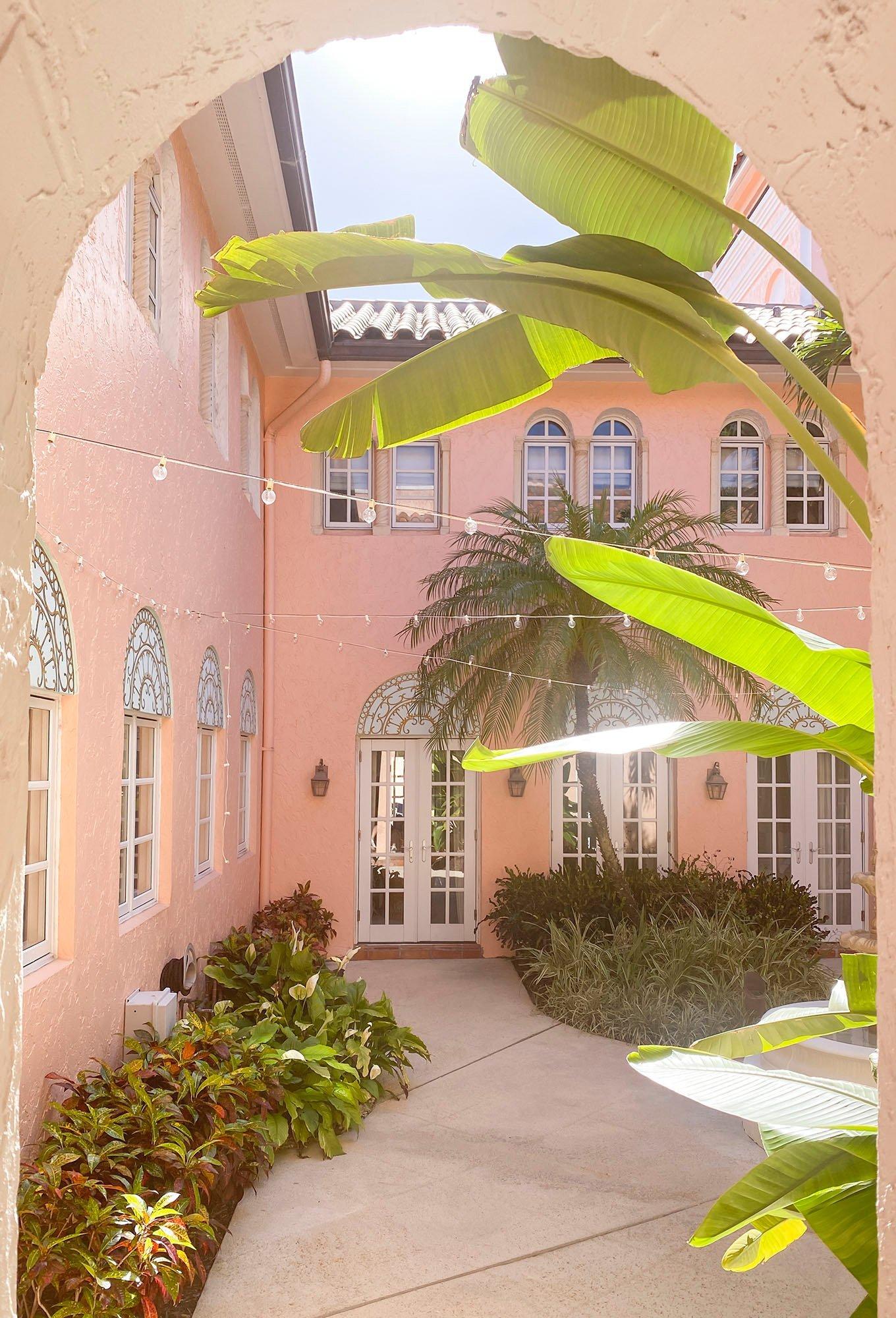 Palm Beach - Ashley Brooke - blog