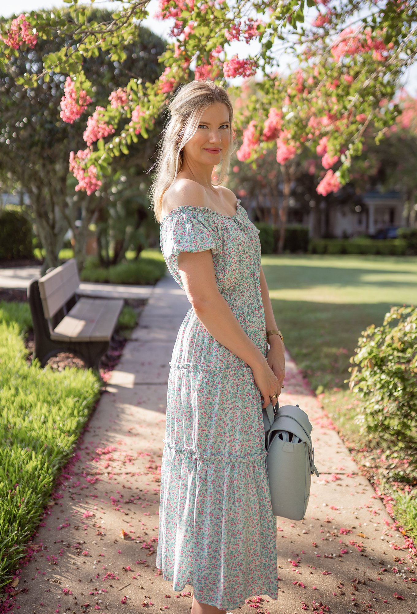 Puff-sleeve midi dress in floral - Ashley Brooke - 2