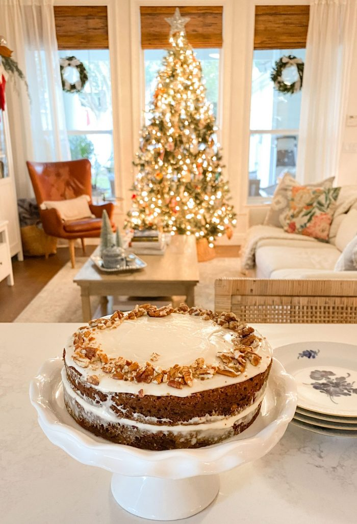 Apple gingerbread cake with full recipe
